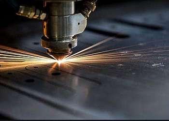 Corte a laser industrial