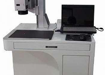 Máquina laser uv